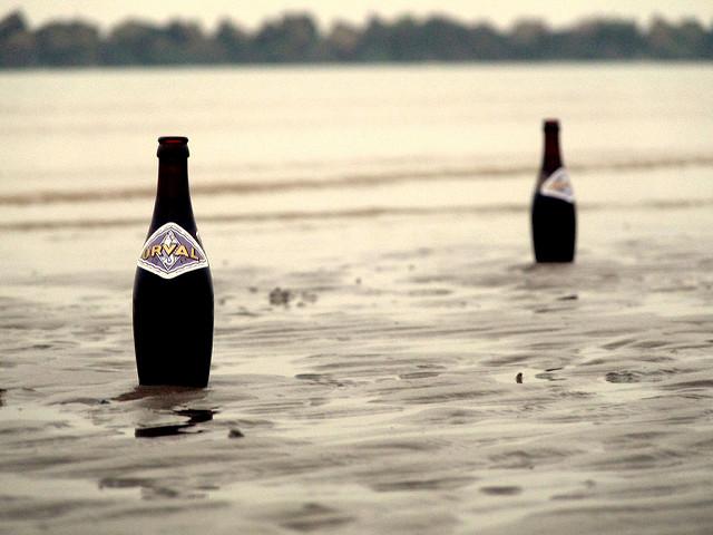 Orval les pieds dans l'eau